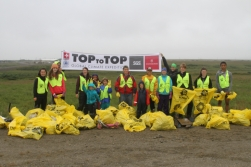 2016-07-28_usa-alaska-nome_clean-up-group-snow-dump
